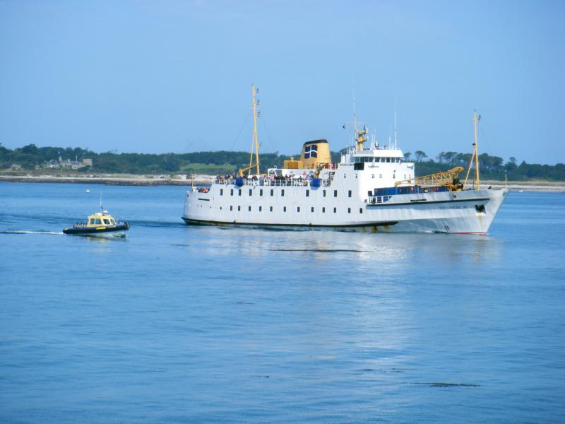 Scillonian III arriving at St Mary's.